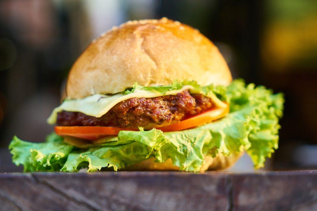 hamburger préparer à la plancha